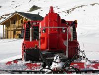 Photo References of Snow Ratrak
