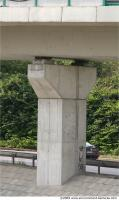 Column 0001