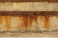 wall plaster leaking rusty 0004