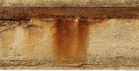wall plaster leaking rusty 0002