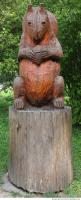 wooden statue animal 0002
