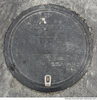 manhole cover dirty 0002